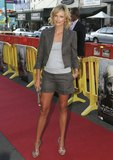 Charlize Theron legs and legs Foto 293 (������ ����� ����� � ����� ���� 293)