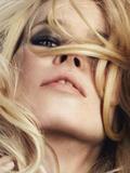 Claudia Schiffer.  Claudia Superstar.