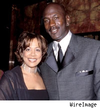th 68462 1229 juanita michael wi 122 313lo Basketball legend Michael Jordan and wife Seeks for Divorce