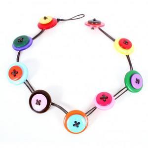 th 16995 button necklace 122 469lo - Geri Dönüşüm Fikirleri