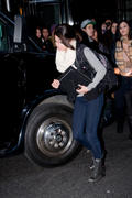 th 609171000 SG4 122 470lo Selena Gomez, leaving her hotel in Manhattan   31/12/11