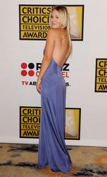 Калей Куоко, фото 231. Kaley Cuoco Sarah Michelle Gellar attends the 2011 Critics' Choice Television Awards on June 20, 2011 at the Beverly Hills Hotel in Beverly Hills, California., photo 231